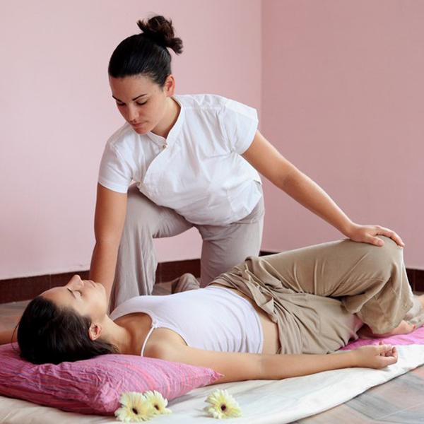 Thai-massage-images-5